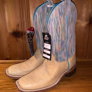 Justin Boots- NWT